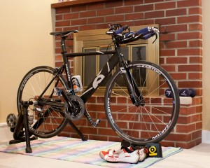 Top 4 Indoor Cycling Trainer Tips To Stay In Shape Through Winter