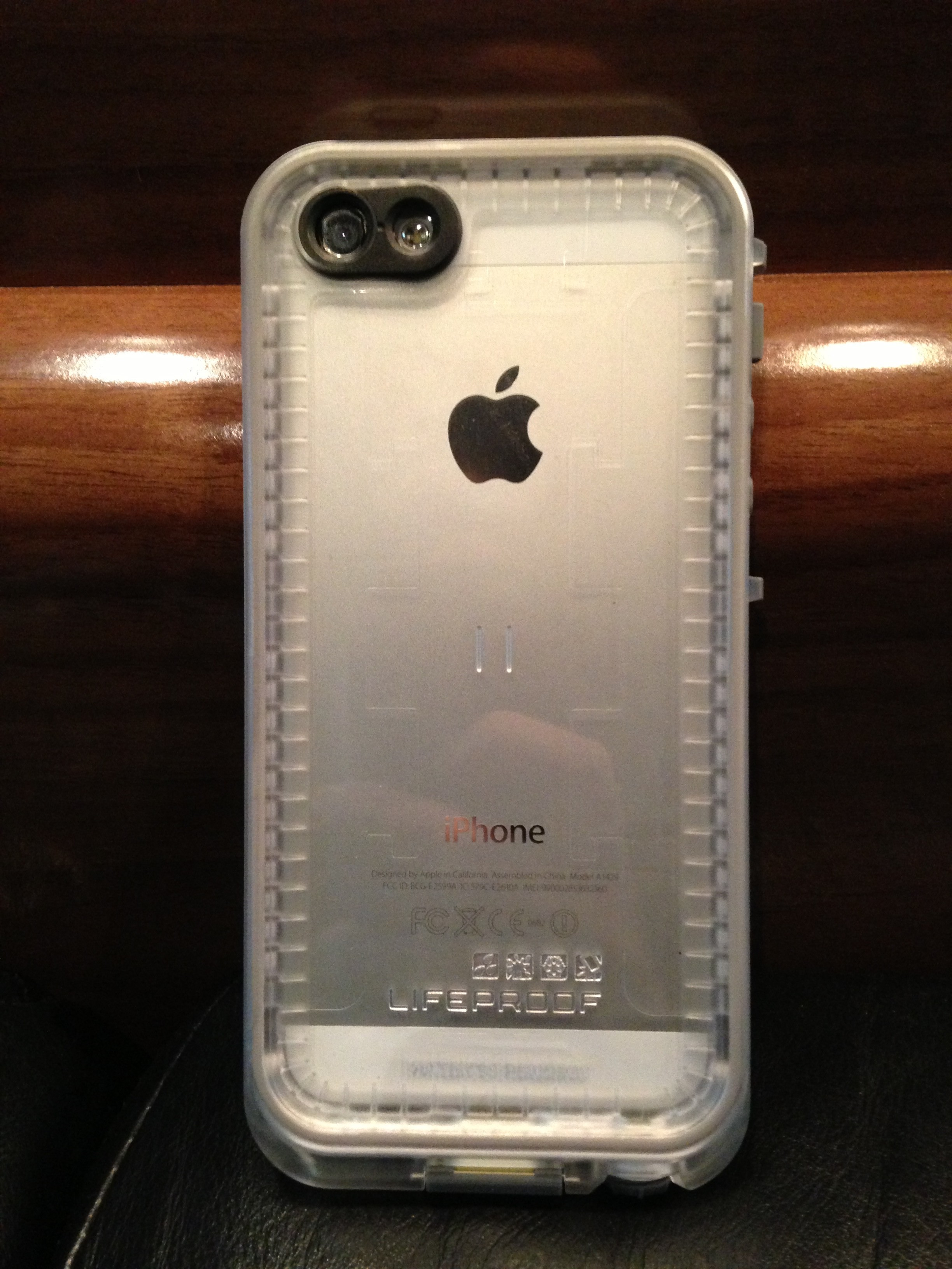 pretty nice 2bed4 d3499 The LifeProof Nüüd Case Review: Unparalleled Protection for Cyclists