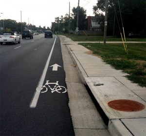 narrow bike path