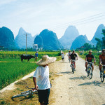 Best Three Locations And The Top Gear For Warm Weather Bike Tours